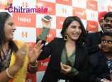 Samantha Launches Happi Mobile Store