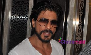 SRK Ignored By Sanjay