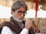Amitabh turns Transgender